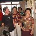 龍巖國小13屆同學會(2001-08-12)造訪同學新居03.JPG