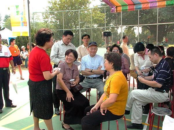 龍巖國小70週年校慶(2004-10-23)016.JPG