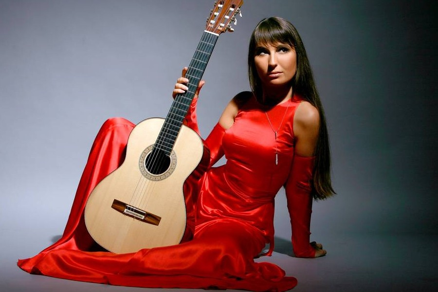 107 Yuliya Lonskaya 尤利婭.隆斯考婭 1980年 白俄羅斯吉他演奏家08