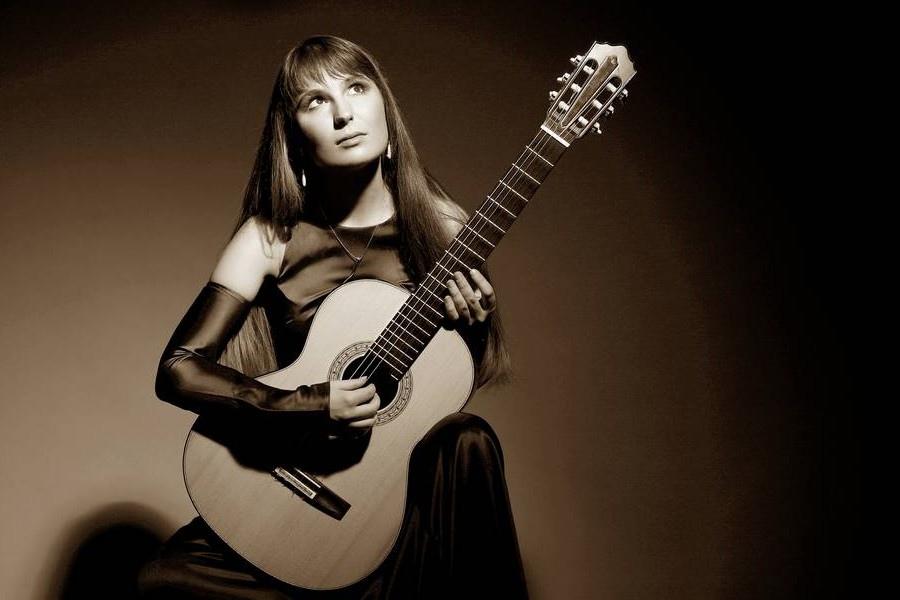 107 Yuliya Lonskaya 尤利婭.隆斯考婭 1980年 白俄羅斯吉他演奏家07