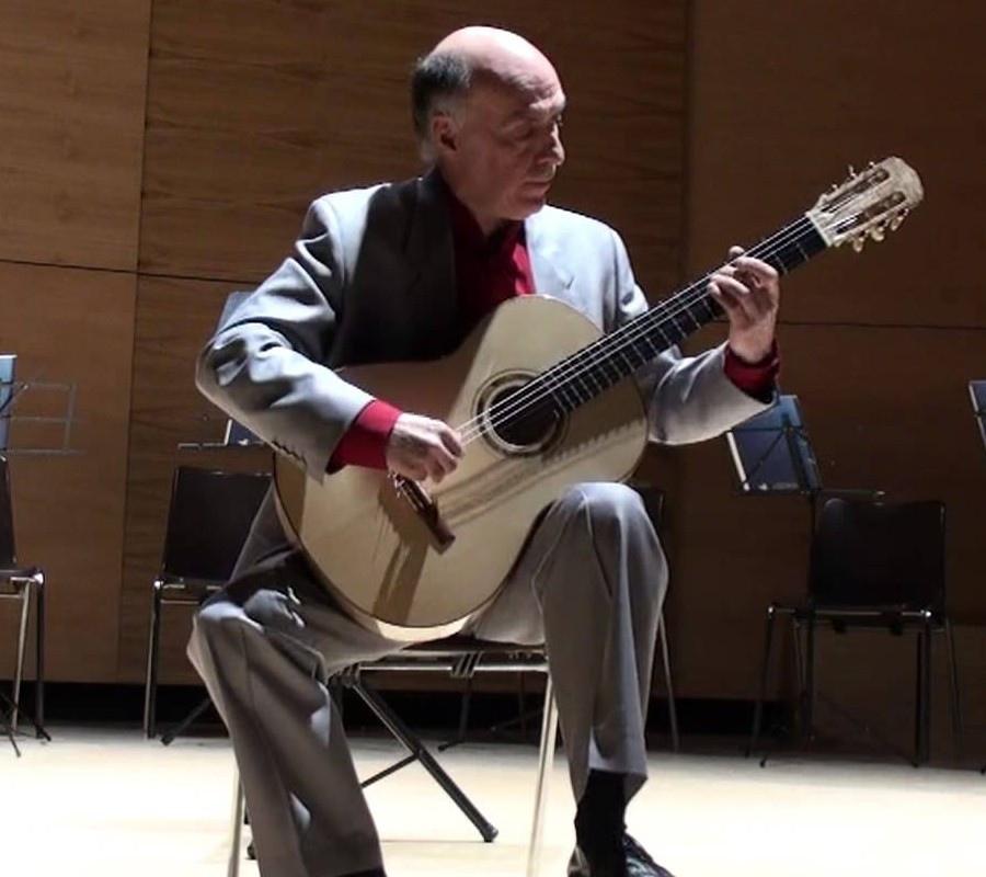 113 Carlos Bonell 卡洛斯.波納爾 1949年 西班牙裔英國吉他演奏家06
