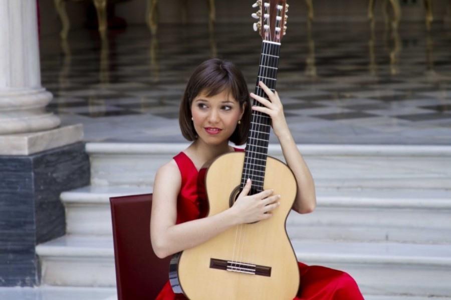 114 Paola Requena 帕烏拉.雷克納 1982年 西班牙吉他家03