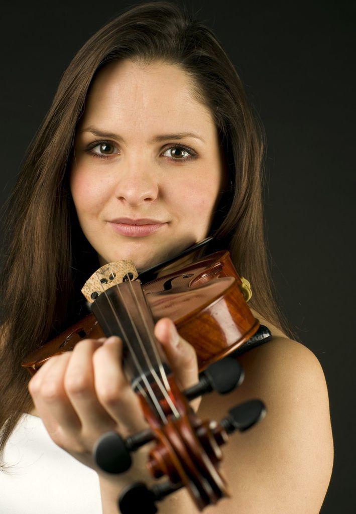 503 Dalia Dedinskaite 達莉亞.德丁史桂特 1988年 立陶宛小提琴家01