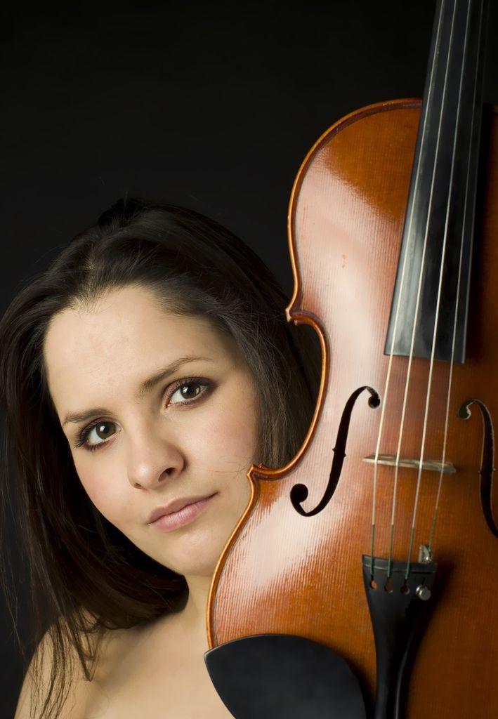 503 Dalia Dedinskaite 達莉亞.德丁史桂特 1988年 立陶宛小提琴家02