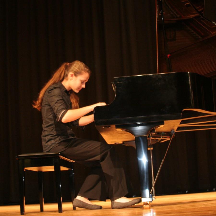 629  Lili Bogdanova 莉莉.波格丹諾娃 1994年 保加利亞鋼琴家04