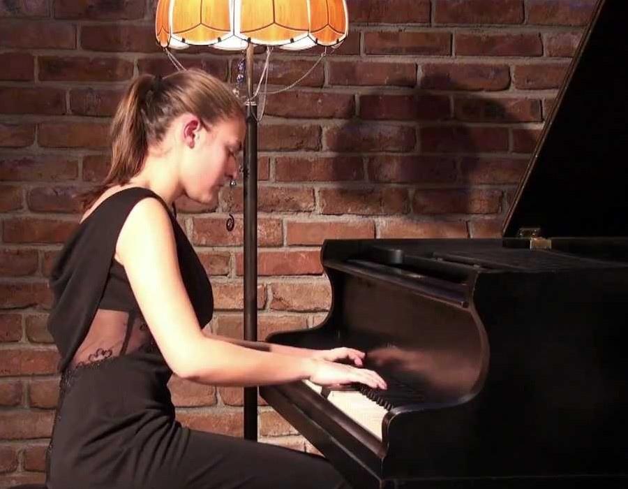 629  Lili Bogdanova 莉莉.波格丹諾娃 1994年 保加利亞鋼琴家06