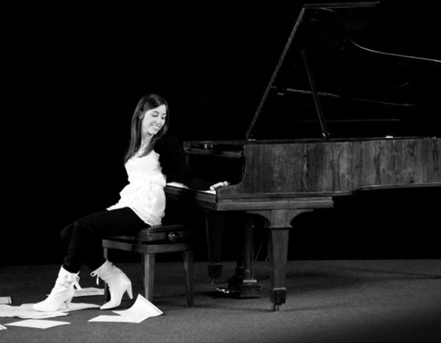630 Renata Benvegnu 瑞內塔.貝麥妮 1986年 義大利鋼琴家04
