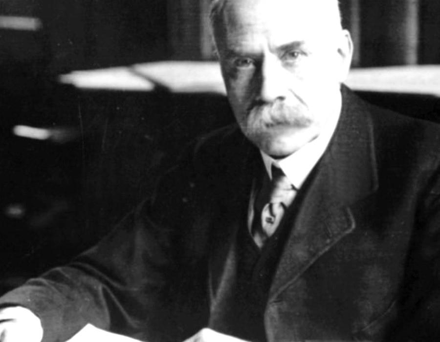 197 Edward Elgar 愛德華.埃爾加 (1857年-1934年) 英國作曲家06