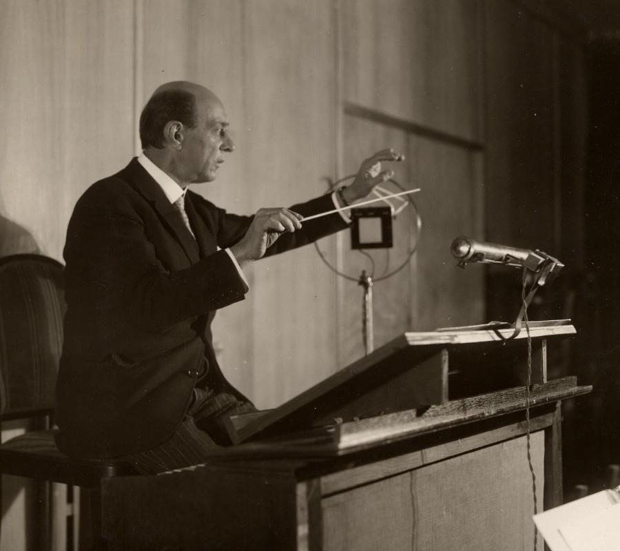 198 Arnold Schoenberg 阿諾德.勳伯格 (1874年-1951年) 美籍奧地利作曲家、畫家08