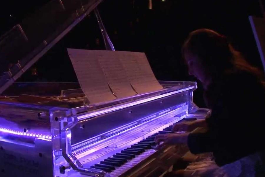 654 Tala Tutunji 塔拉.圖頓吉 英國鋼琴家02