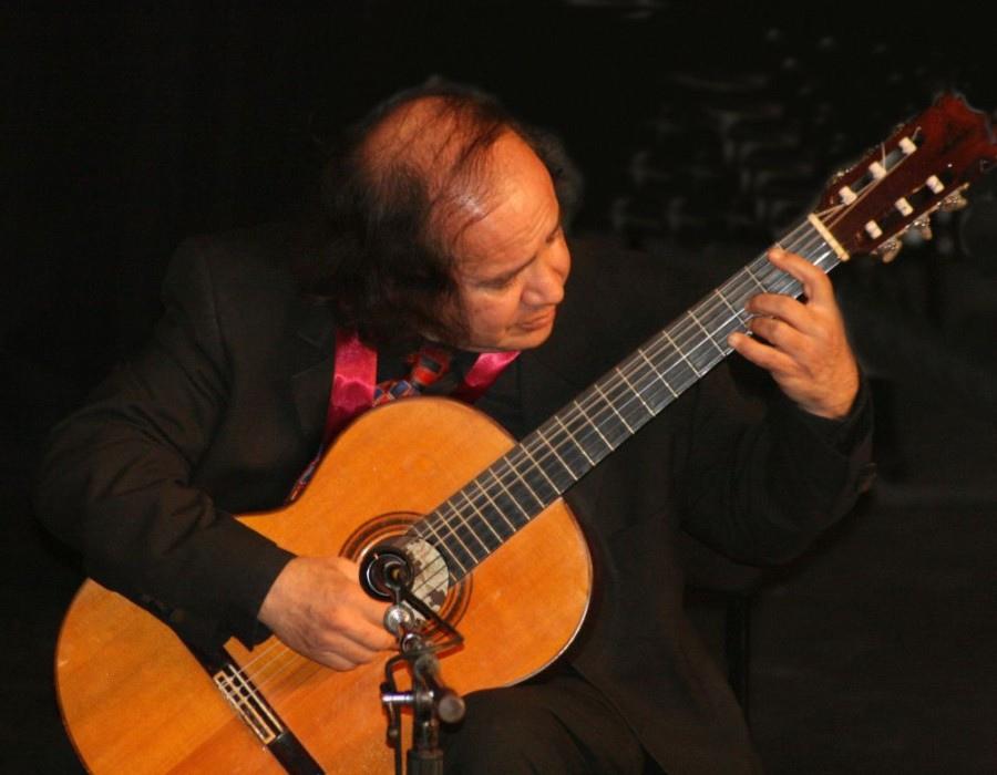 128 Alfonso Moreno 阿方索.莫雷諾 墨西哥吉他家02