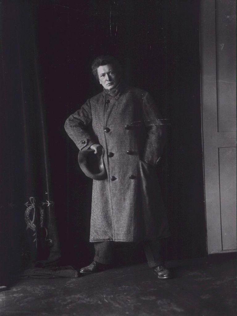 676 Ferruccio Busoni 費魯喬.布梭尼 (1866年-1924年) 意大利作曲家、鋼琴家06-