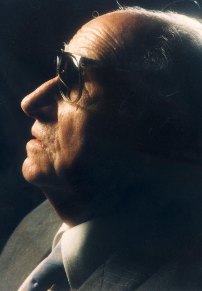 677 Joaquin Rodrigo 華金.羅德利果 (1901年-1999年) 西班牙作曲家、鋼琴家07