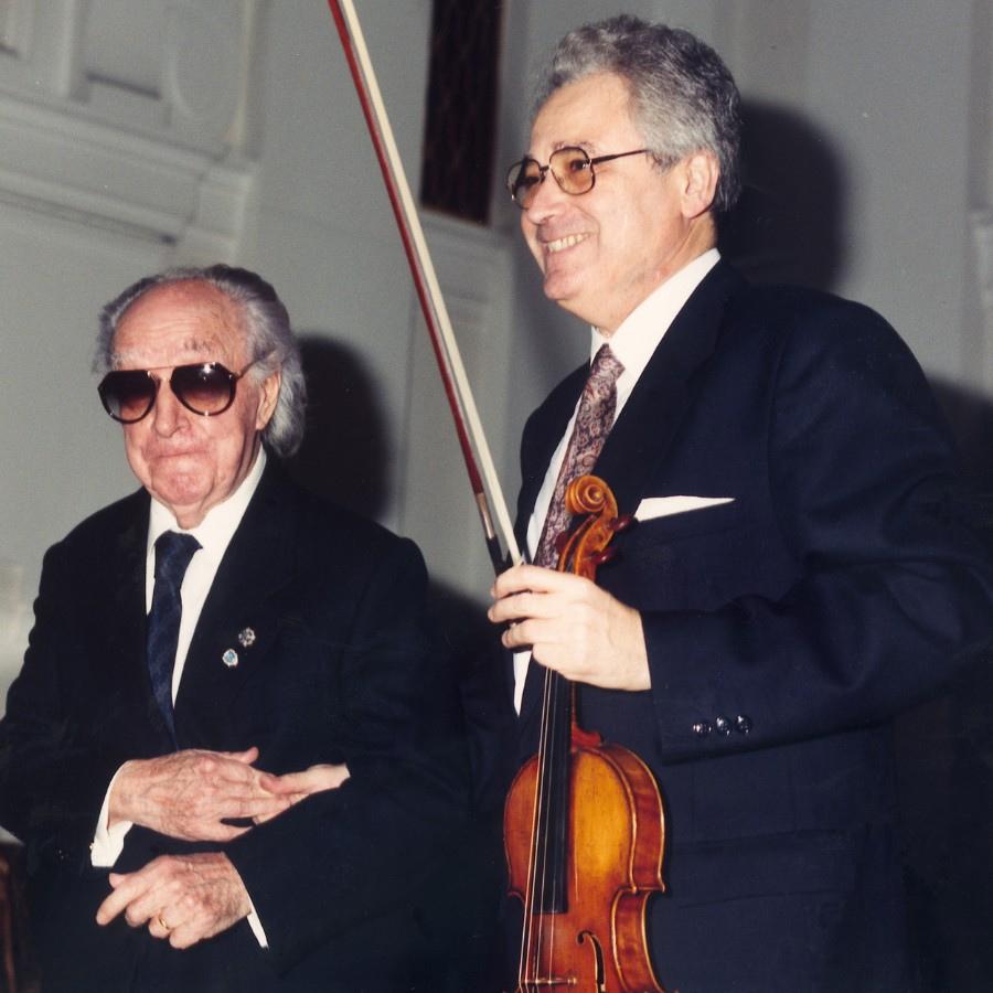 677 Joaquin Rodrigo 華金.羅德利果 (1901年-1999年) 西班牙作曲家、鋼琴家08