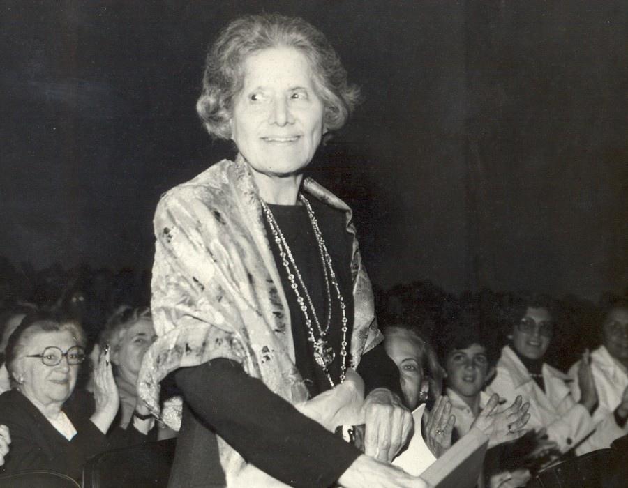 692 Guiomar Novaes 古伊奧瑪爾.諾華伊絲(1895年-1979年) 巴西鋼琴家05