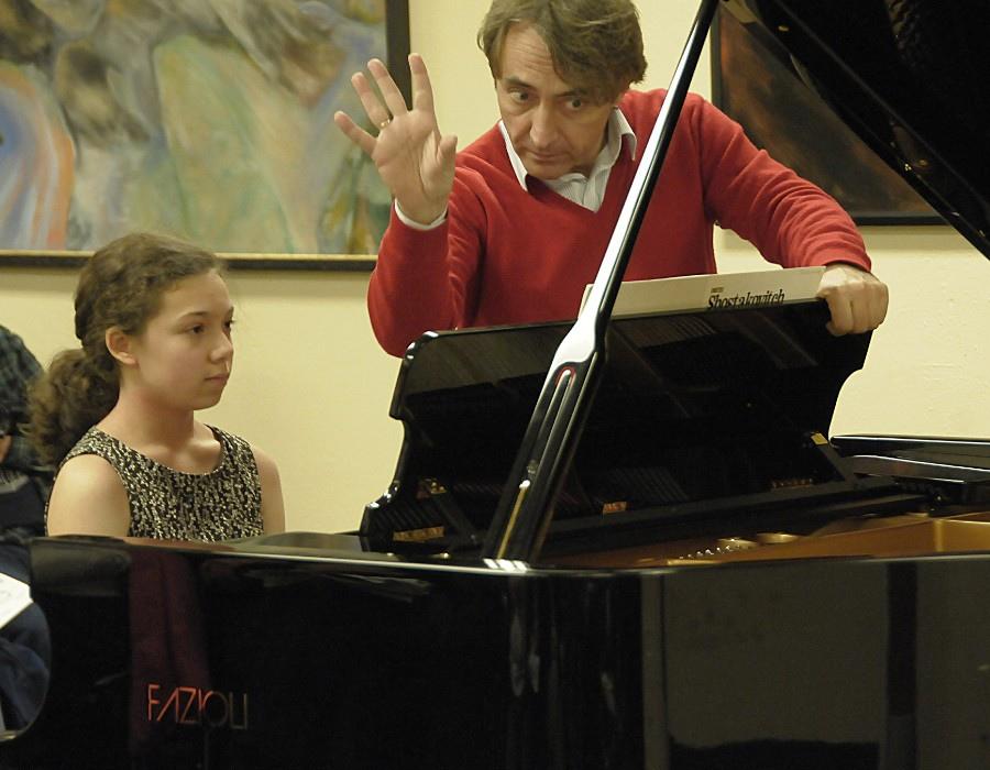 697 Jean-Efflam Bavouzet 傑恩-葉夫蘭.巴福傑 1962年 法國鋼琴家06