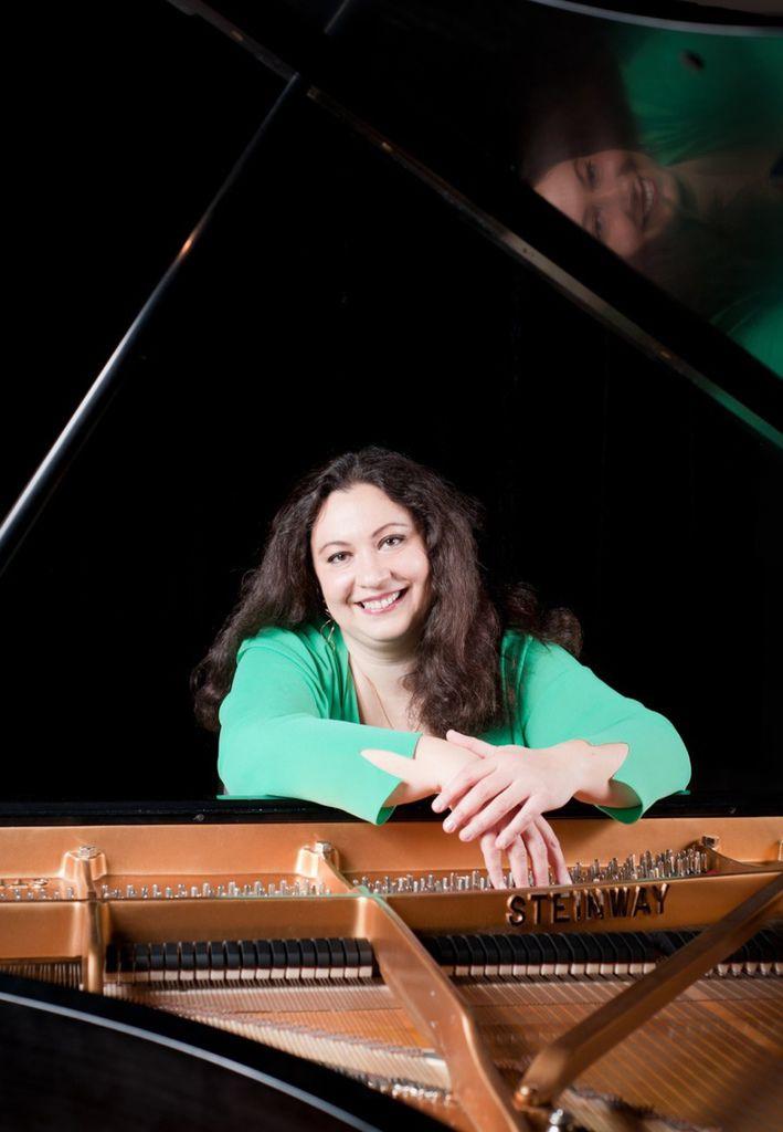 699 Yuliya Gorenman 尤利婭.戈倫曼 俄裔美籍鋼琴家02