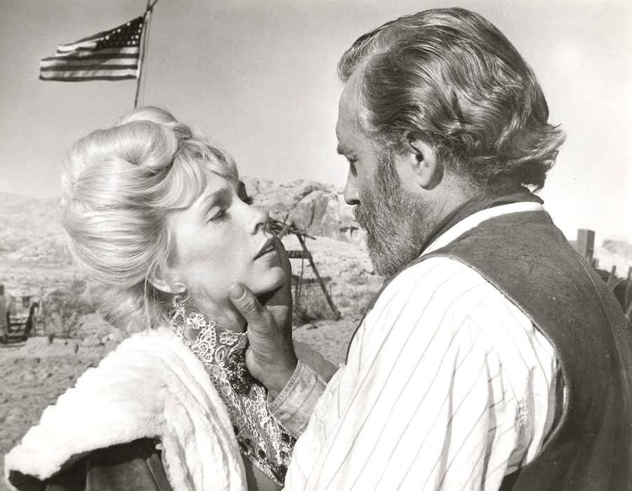 331 Stella Stevens 斯特拉.史蒂文斯 (1938年 美國演員、舞者)04