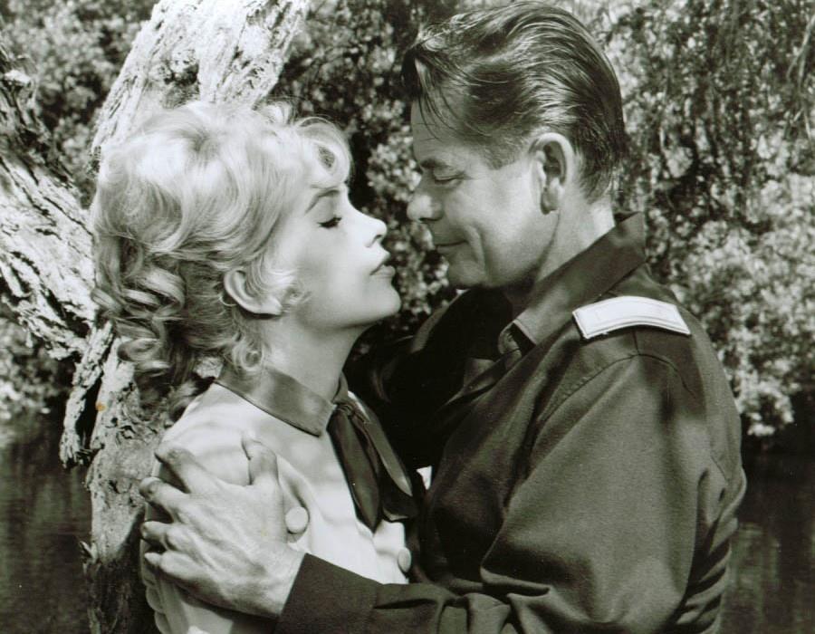 331 Stella Stevens 斯特拉.史蒂文斯 (1938年 美國演員、舞者)09