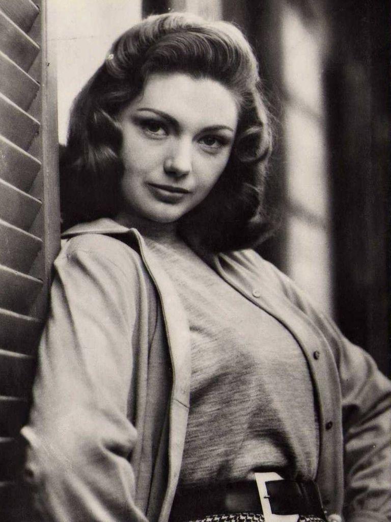 338 Sylva Koscina 西爾瓦.科西納 (1933年-1994年 意大利演員)02