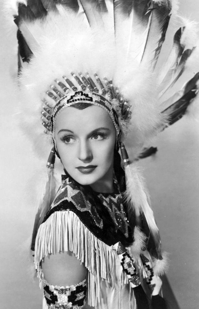349 Virginia Dale 弗吉尼亞.戴爾 (1917年-1994年) 美國演員01