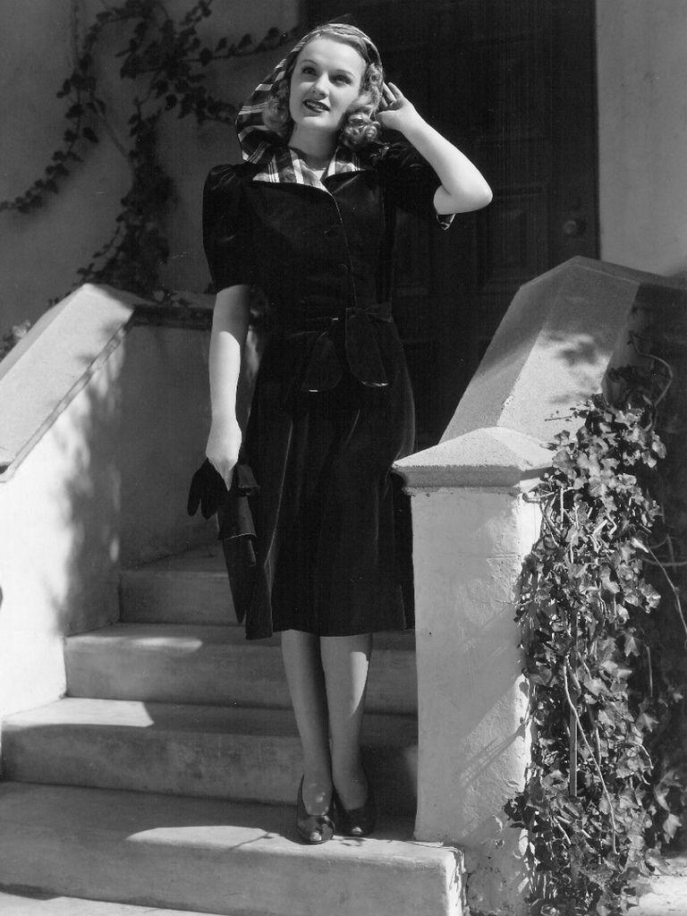 349 Virginia Dale 弗吉尼亞.戴爾 (1917年-1994年) 美國演員02