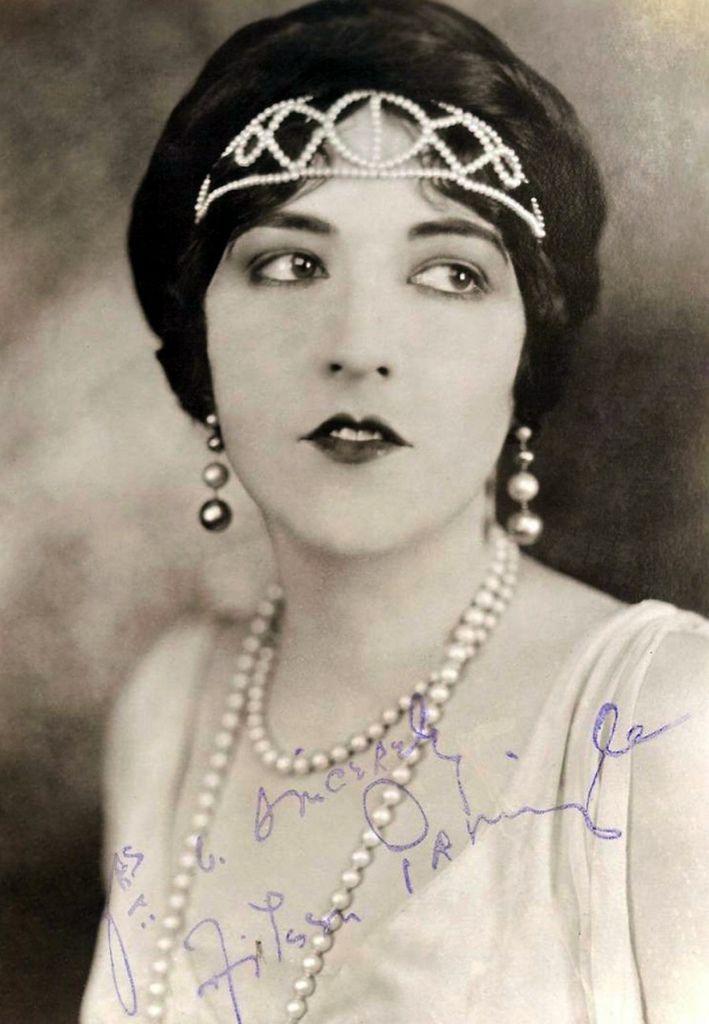 359 Aileen Pringle 愛琳.普林戈 (1895年-1989年 美國演員)01