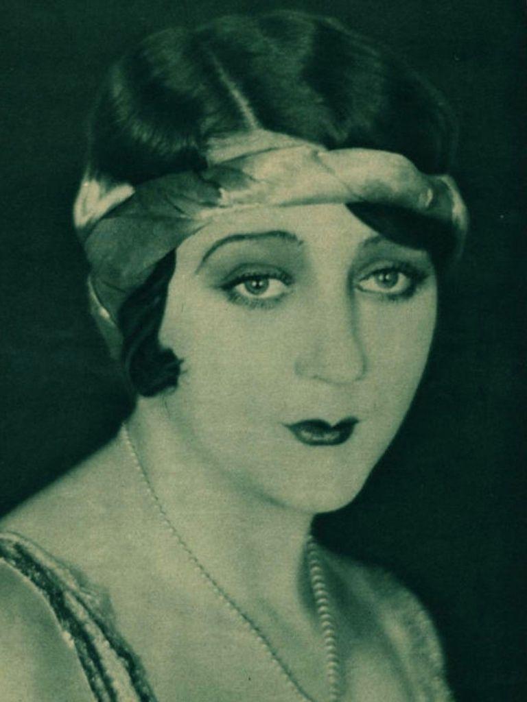 371 Barbara La Marr 芭芭拉.拉.瑪 (1896年-1926年 美國演員、編劇)01