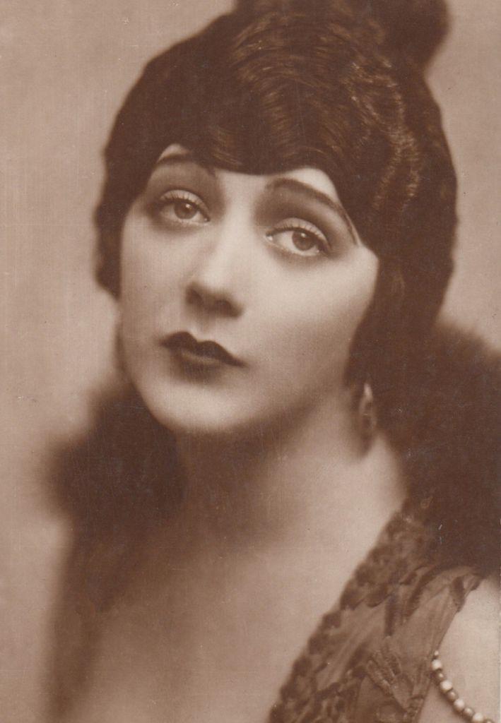 371 Barbara La Marr 芭芭拉.拉.瑪 (1896年-1926年 美國演員、編劇)04