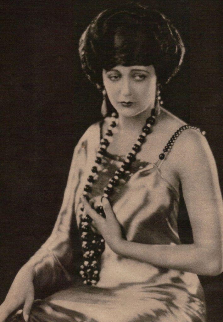371 Barbara La Marr 芭芭拉.拉.瑪 (1896年-1926年 美國演員、編劇)06