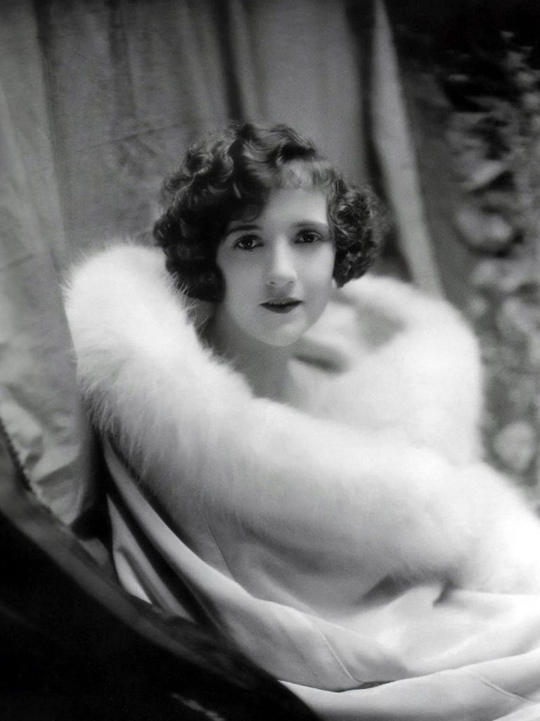 381 Constance Talmadge 康士坦絲.塔瑪芝 (1898年-1973年 美國演員)06