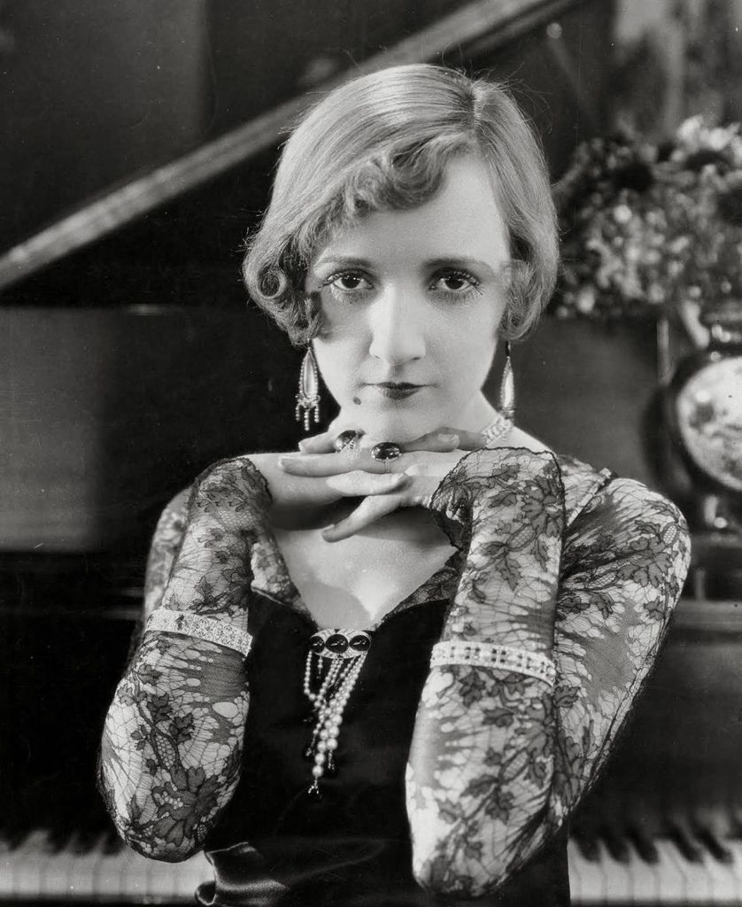 381 Constance Talmadge 康士坦絲.塔瑪芝 (1898年-1973年 美國演員)03