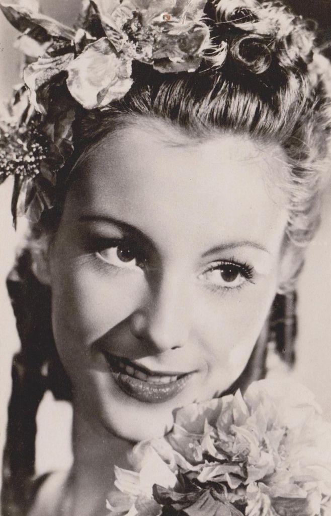 390 Giselle Pascal 吉賽爾邦.帕斯卡 (1921年-2007年 法國演員)06