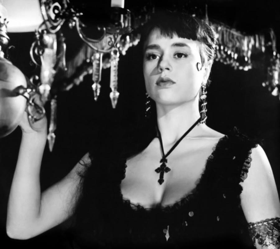 394 Harriet Andersson 哈里特.安德森 (1932年 瑞典演員)10