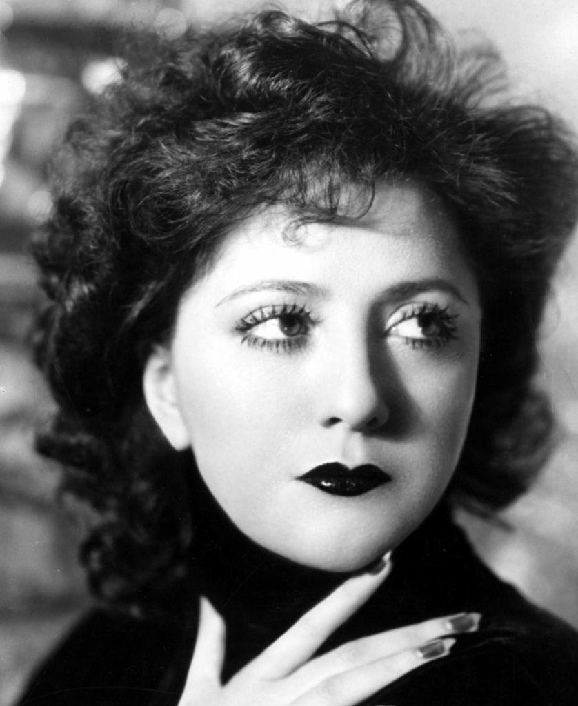 396 Helen Morgan 海倫.摩根 (1900年-1941年 美國歌手、演員)05