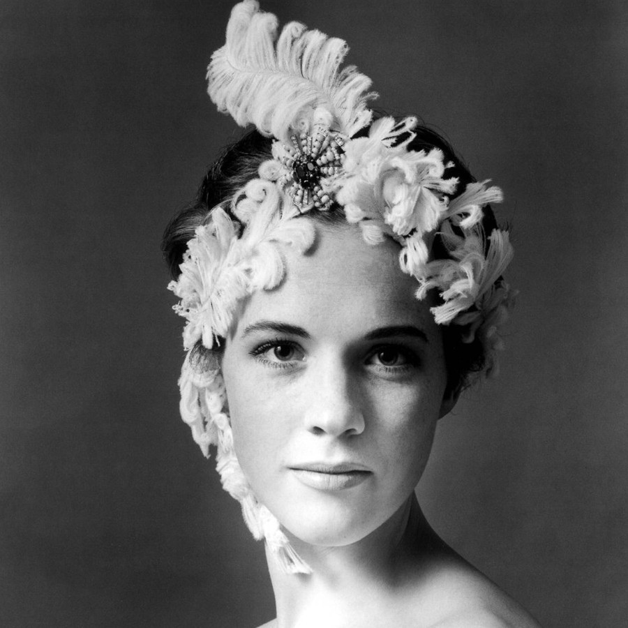407 Julie Andrews 茱麗.安德魯絲 (1935年 英國演員、歌手、作家)01