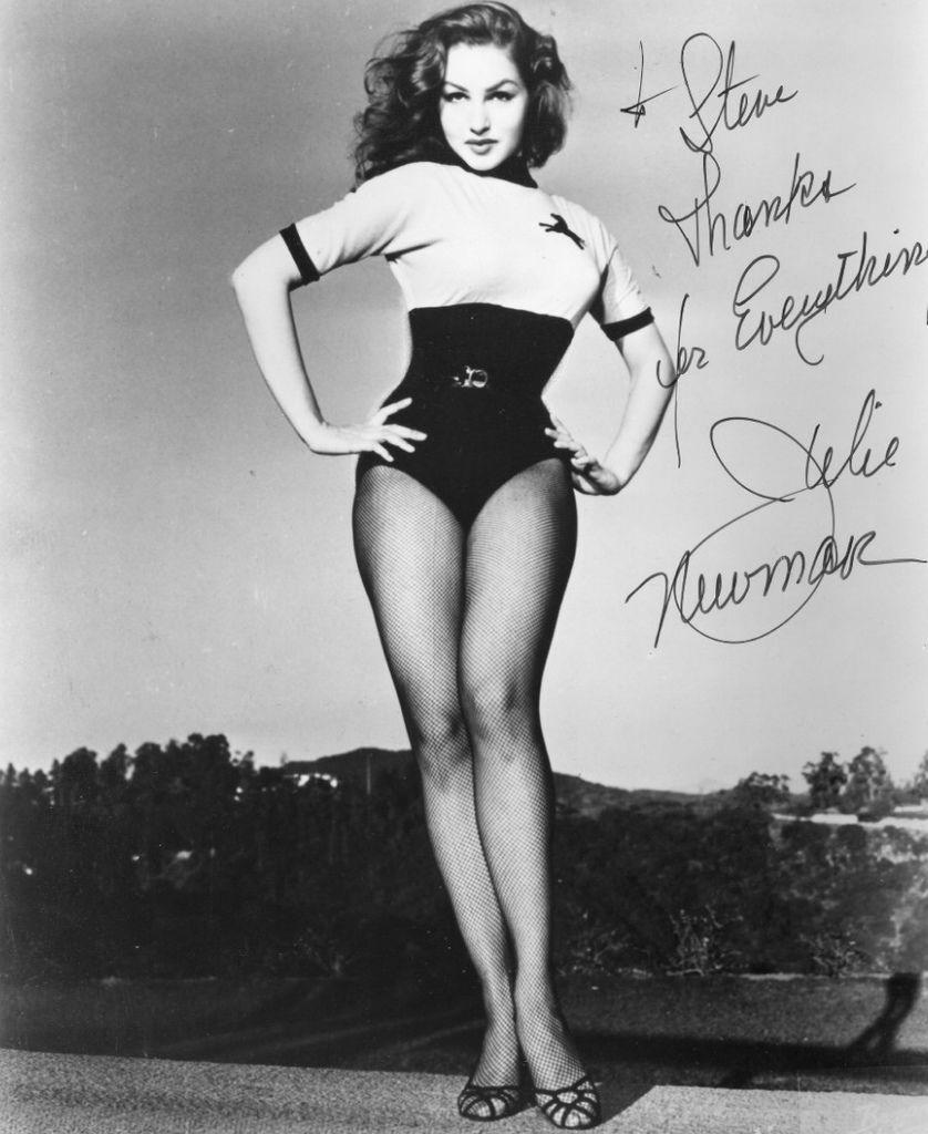 417 Julie Newmar 朱莉.紐瑪 (1933年 美國演員、舞蹈家、歌唱家)04
