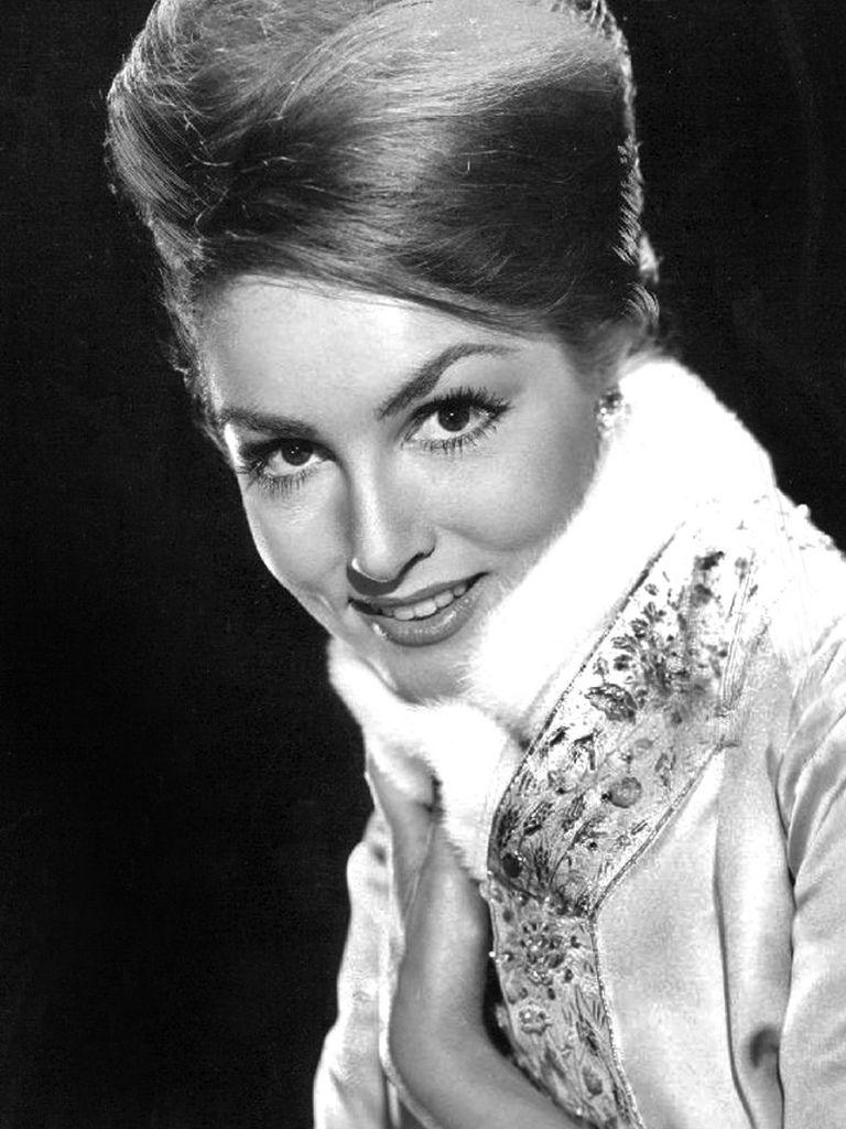 417 Julie Newmar 朱莉.紐瑪 (1933年 美國演員、舞蹈家、歌唱家)01