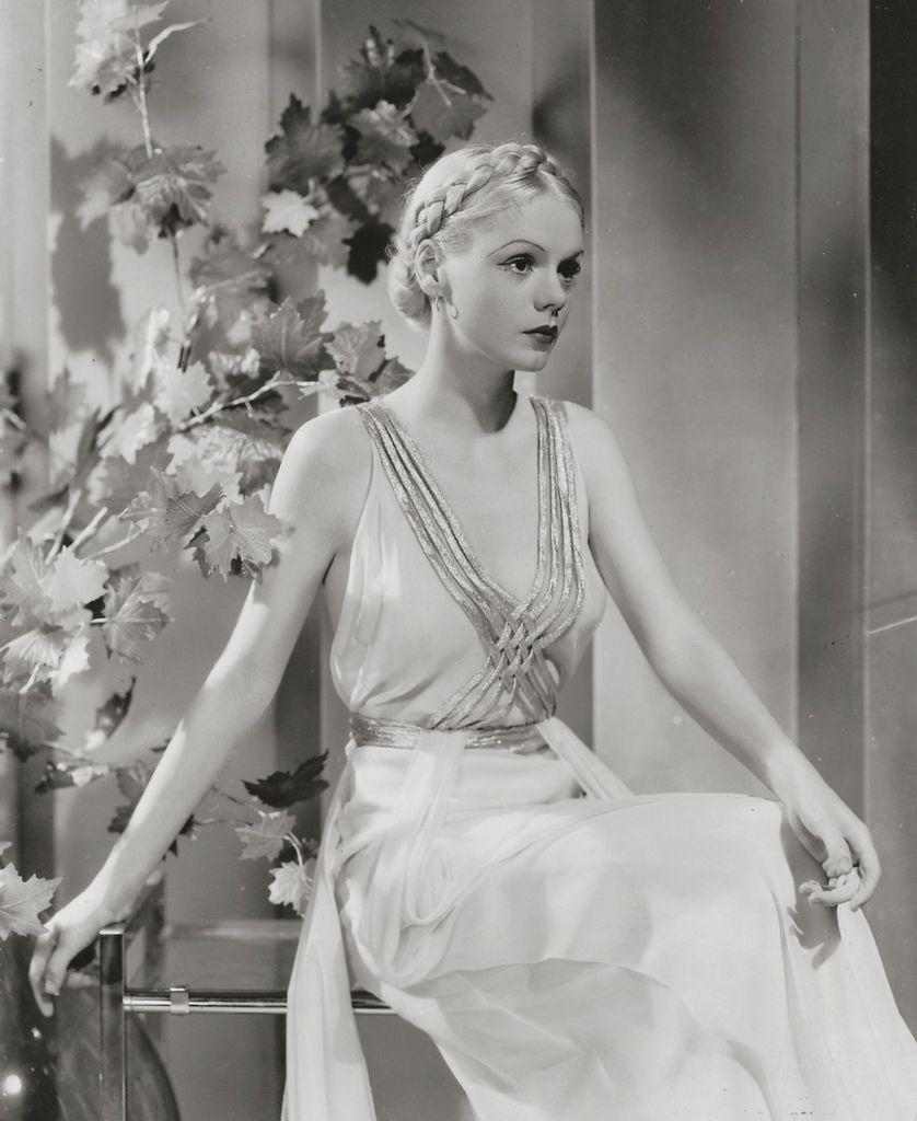 423 Marie Wilson 瑪麗.威爾遜 ( 1916年-1972年 美國廣播、電影、電視演員)06