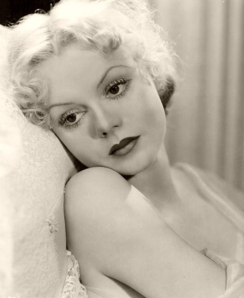 423 Marie Wilson 瑪麗.威爾遜 ( 1916年-1972年 美國廣播、電影、電視演員)02