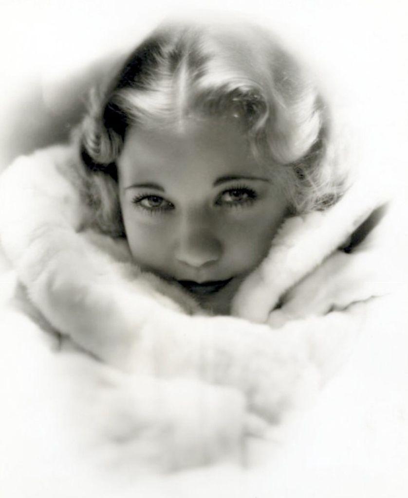 474 Una Merkel 烏納.默克爾 (1903年-1986年 美國舞台、電影演員)06