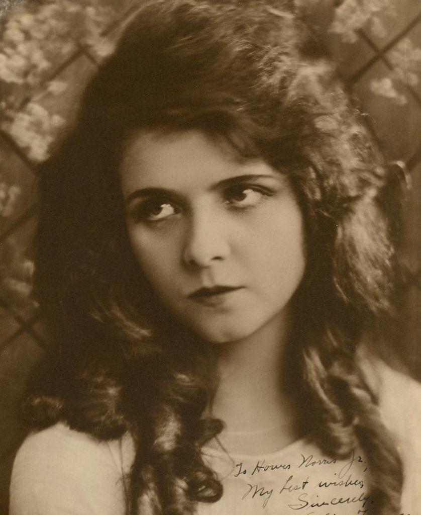 476 Olive Thomas 奧麗芙.托馬斯 (1894年-1920年 美國演員、模特)01