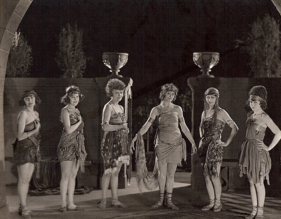 484 Phyllis Haver 菲利斯.哈弗 (1899年-1960年 美國演員)11