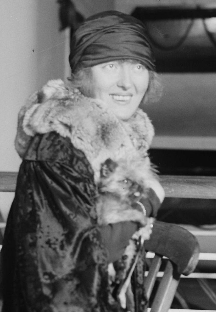 487 Peggy Hopkins Joyce 佩吉.霍普金斯.喬伊斯 (1893年-1957年 美國演員、歌手、模特、舞蹈家)02