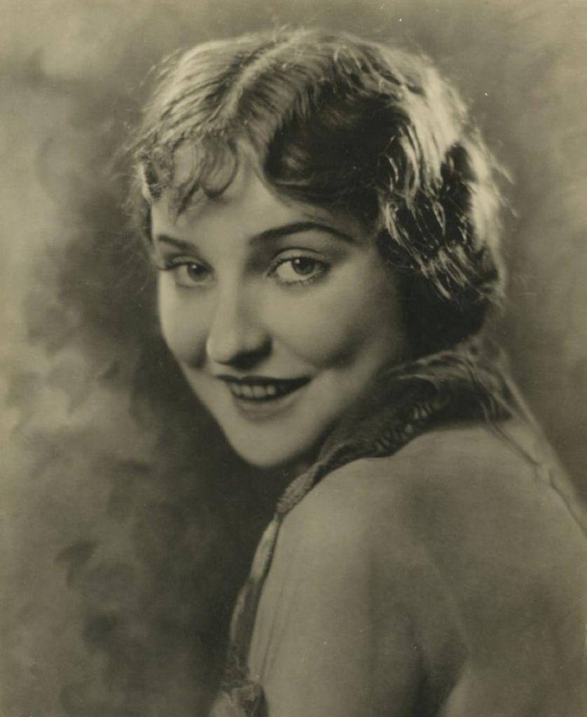 489 Agnes Ayres 艾格尼絲.艾爾斯 (1898年-1940年 美國演員)03
