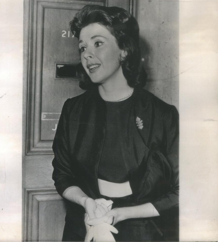 491 Mala Powers 瑪麗.鮑爾斯 (1931年-2007年 美國演員)09