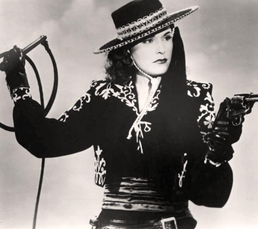 492 Linda Stirling 琳達.斯特林 (1921年-1997年 美國showgirl 、模特、演員)09