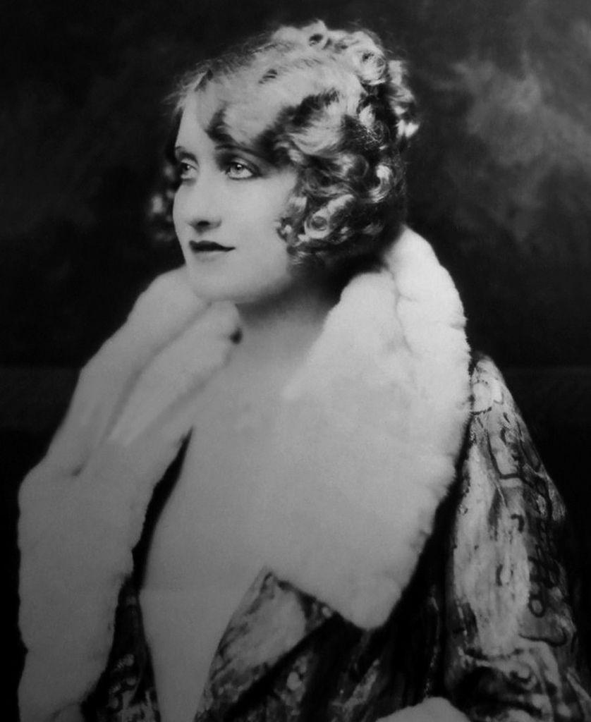 499 Ruth Etting 露絲.埃廷 (1897年-1978年 美國歌手、演員)01