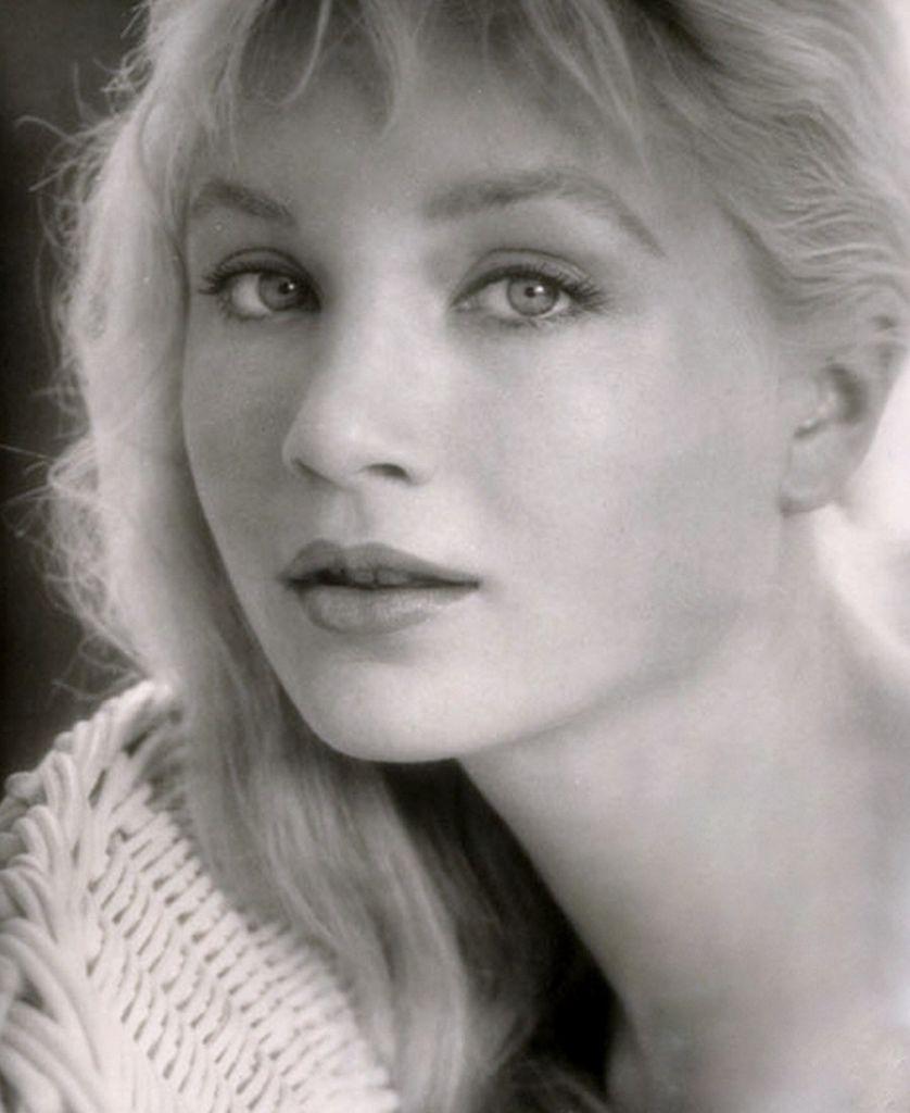 539 Susan Oliver 蘇珊.奧利弗 (1932年-1990年 美國演員、電視導演、飛行員)07