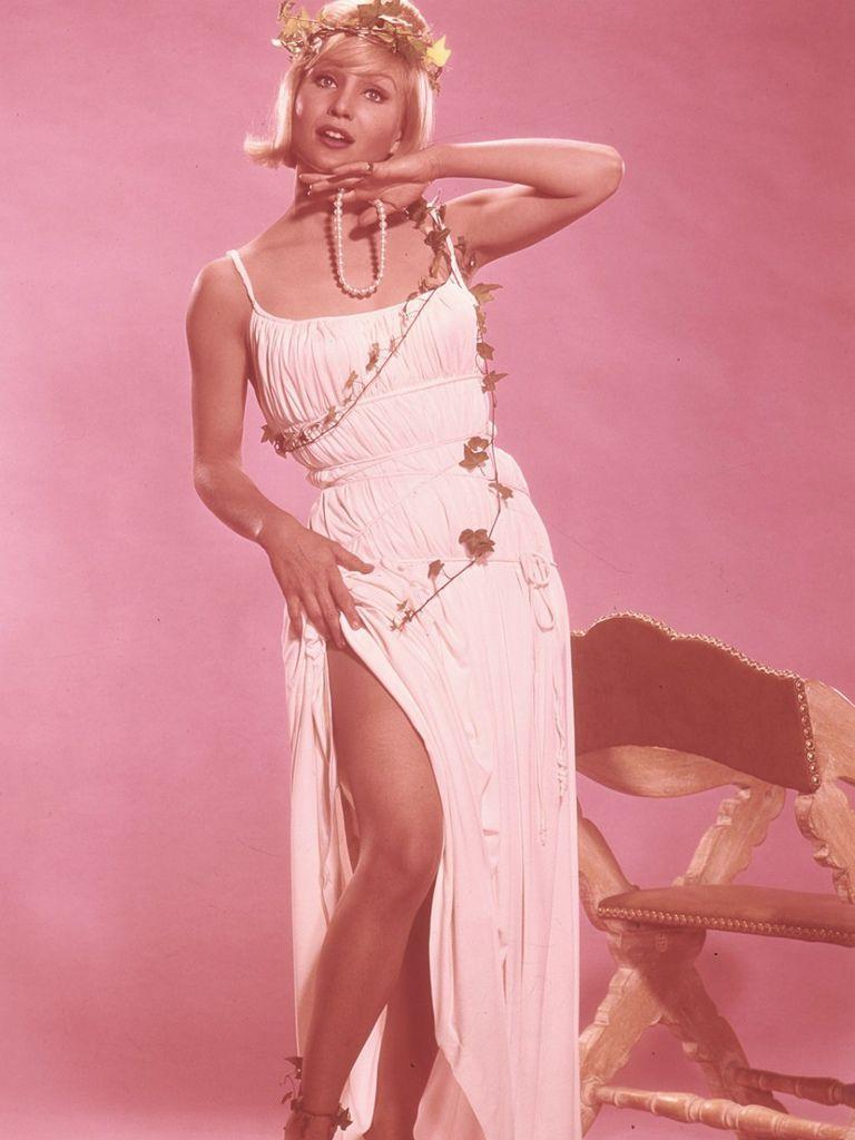 539 Susan Oliver 蘇珊.奧利弗 (1932年-1990年 美國演員、電視導演、飛行員)11
